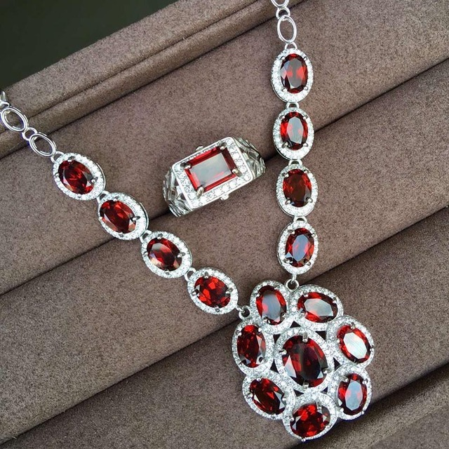 Luxurious Mozambique Garnet Jewelry Set Solid 925 Sterling Silver Natural Necklace Pendant Drop