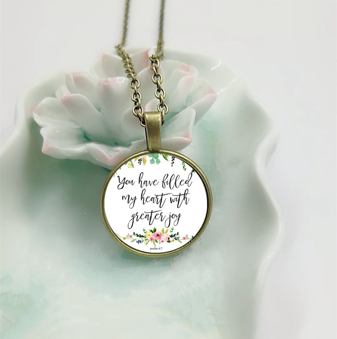 2018 New You Have Filled My Heart Psalm 4 7 Floral Charm Necklace Glass Cabochon Pendant Bible Verse Jewelry Gifts for Women Men