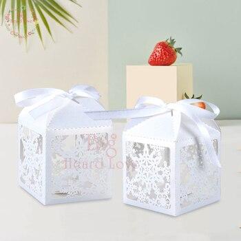 Caja de dulces copo de nieve cortada con láser 50 Uds., caja de cartón para fiesta de boda, caja de regalo para fiesta de cumpleaños, decoración para fiesta de matrimonio, Baby Shower