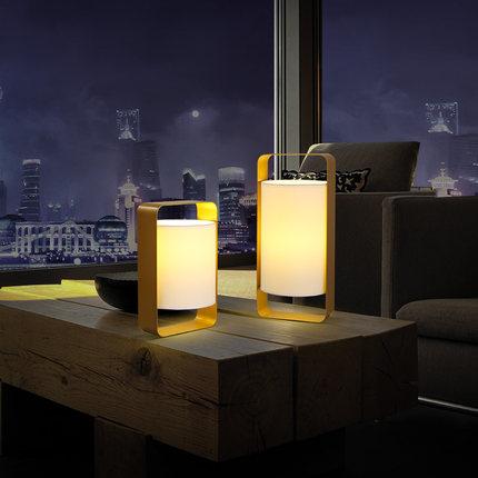 Современные светодиодные Настольные лампы Nordic Спальня кровать стороне чтения настольные лампы приспособление американские страны регист...
