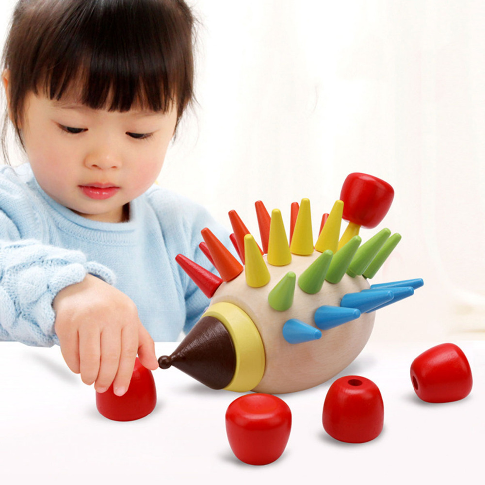 En bois de Bande Dessinée En Bois Coloré Hérisson Assembler Jouets Puzzles Bébé Lutte Plug Construire Éducation Précoce Jeux Lutte Inséré drôle