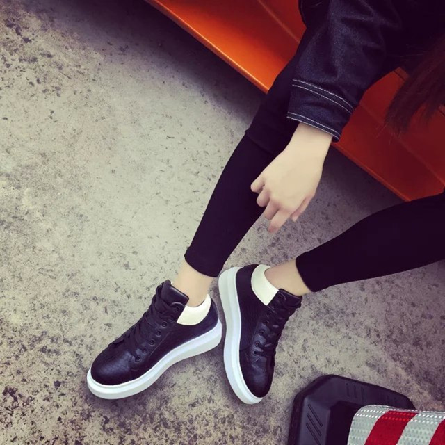 New Fashion Casual Women Shoes Flats Korean Sport Sewing White Female Spring Autumn Lace Up Round Toe PU Superstar HYHH-NWFA10