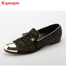 Metal Pointed Toe Men Casual Leather Shoe Slip On Flat Business Dress Formal Men Low Top Luxury Brand Runway Shoe Gold Crystal