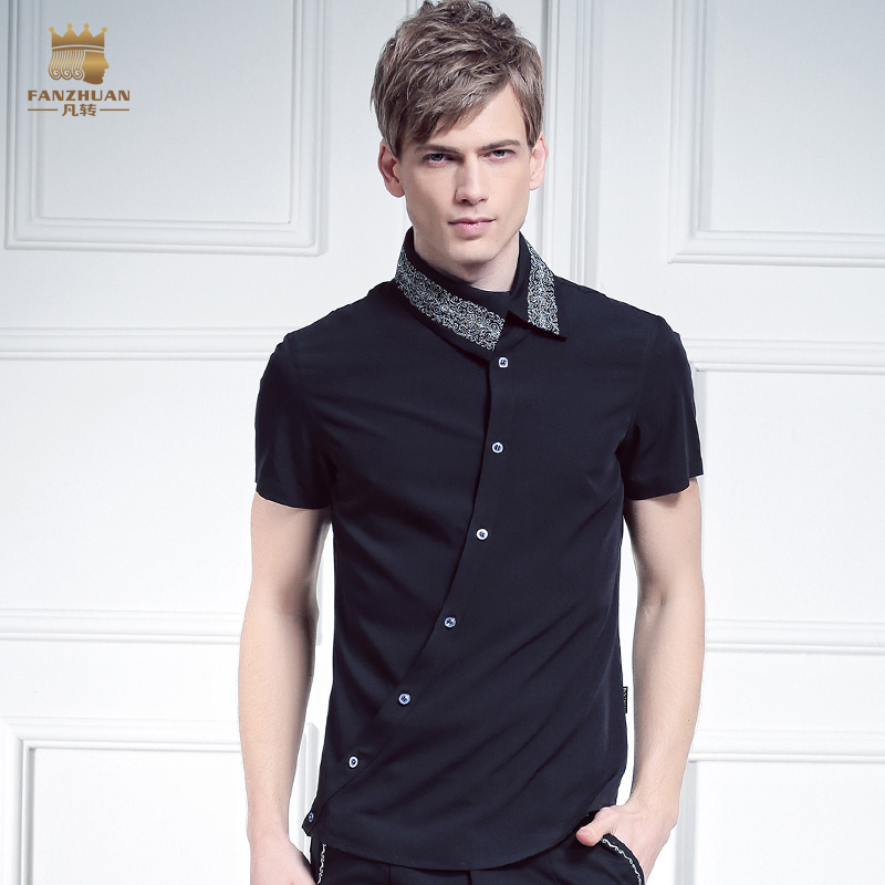 Livraison gratuite nouveau mâle mode FanZhuan hommes placket personnalité irrégulière oblique col 612066 broderie chemise à manches courtes