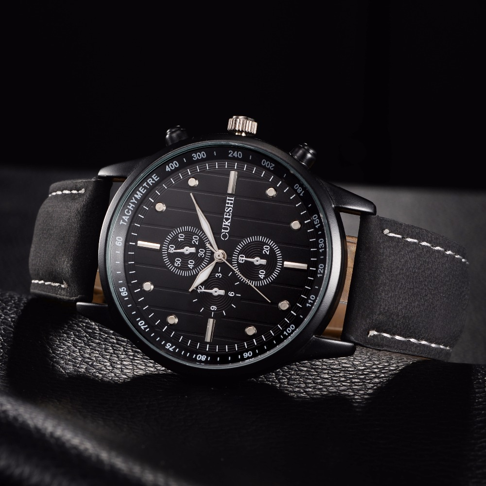 OUKESHI Chinese Top Brand New Fashion Watch Men Leather Strap Sport Style Casual Quartz Wristwatch Out