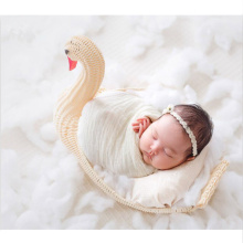 купить Newborn Baby Props Photography Posing Sofa Photo Studio Photography Props Girl Swan Woven Basket Posing Photo Shoot Accessories в интернет-магазине