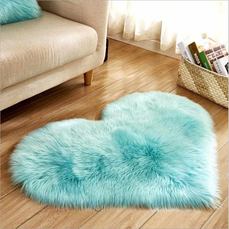 Yumuşak Yapay Yün Halı Aşk Kalp şekli Kilim sandalye kılıfı Pedi Koyun Derisi kanepe yastığı Battaniye Yün Mat çay masası Paspas