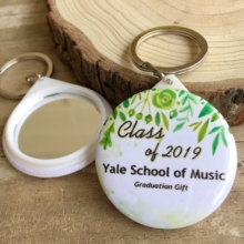 30pcs Customized Graduation Favor Gifts Keychain Mirror Class of 2019 best gifts for classmate and teachers souvenir