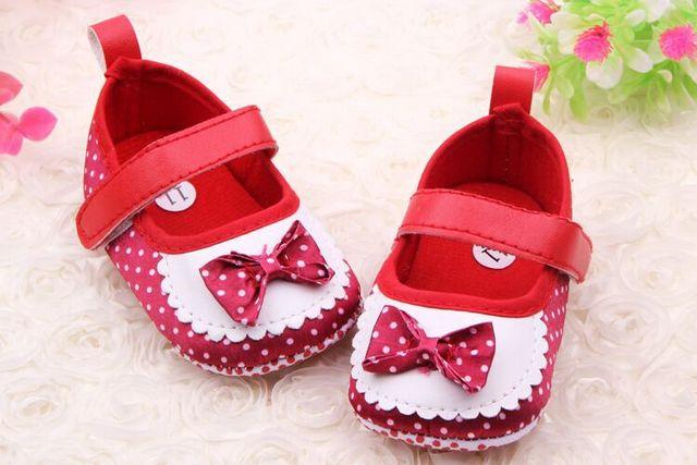 Atacado 2016 sapatos kawaii arco dot sapato Primeiros Caminhantes Do Bebê Da Criança infantil Menina crianças floral calça as sapatilhas