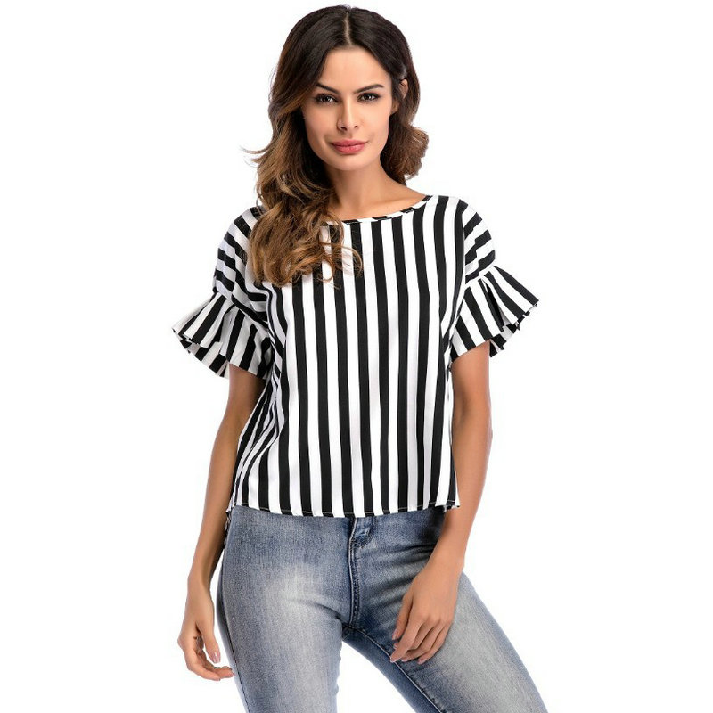 The new 2018 women in the summer of cultivate ones morality stripes round collar falbala irregular length of t-shirts with shor