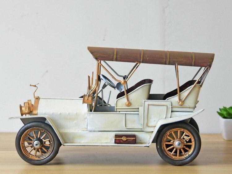 Vintage Vehicle Model Car Figurines Europe Style Metal Old Car Figurine Desktop Decoration Metal Crafts Birthday Gift - 3