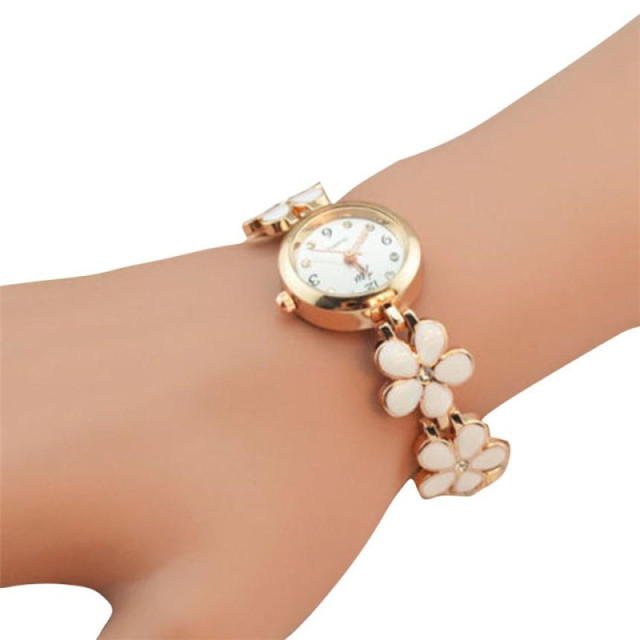 New Flower Rose Gold Bracelet Watches Women Luxury Crystal Dress Wristwatches Cl