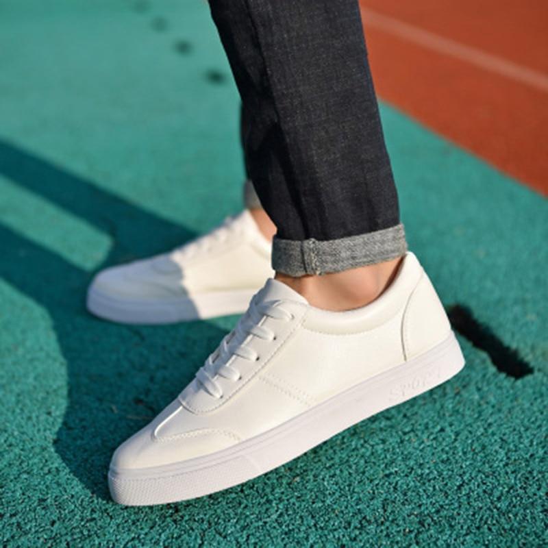 Marque 2018 White Respirant Hommes Drop Cuir Luxe D'été Pu Chaussures En De Nouveau Plat Shipping Casual Pour black Trous Sneaker UwdRAv