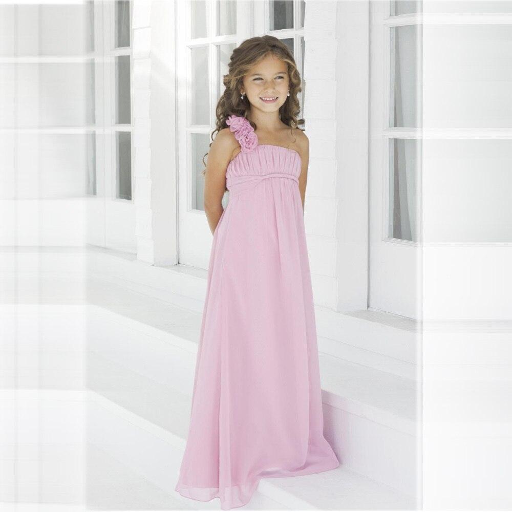 Bonito Asequibles Vestidos De Dama De Color Púrpura Ilustración ...