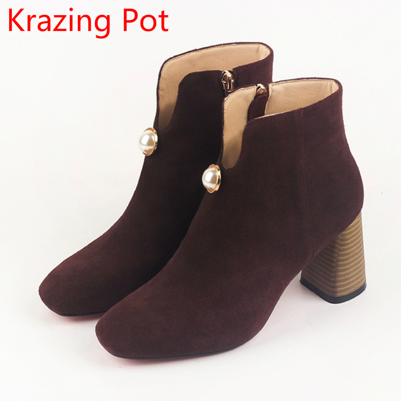 2018 Classics Cow Suede Pearl Decoration Winter Boots Warm Thick High Heels European Square Toe Superstar Women Ankle Boots L26 2018 superstar cow suede streetwear square toe zipper high heels winter boots keep warm office lady ankle boots for women l50