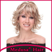 Medusa hair products: Modern shag style Synthetic wigs Medium length curly Mix color Mono wig with bangs Peruca loira SW0296