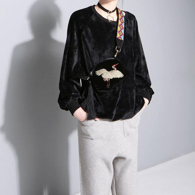 2017 Comfortable Velvet Loose Sweatshirt women new fashion 4 color