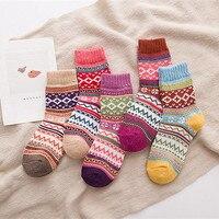 5 Pairs Womens Knit Printed Warm Wool Socks 2017 girl lay winter fashion cute Christmas socks comfortable unisex socks drop ship