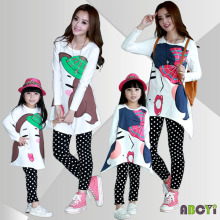 Комплект одежды осень года футболка с длинным рукавом с рисунком замка+ гетры в горошек семейный комплект одежды для матери и дочери A6016