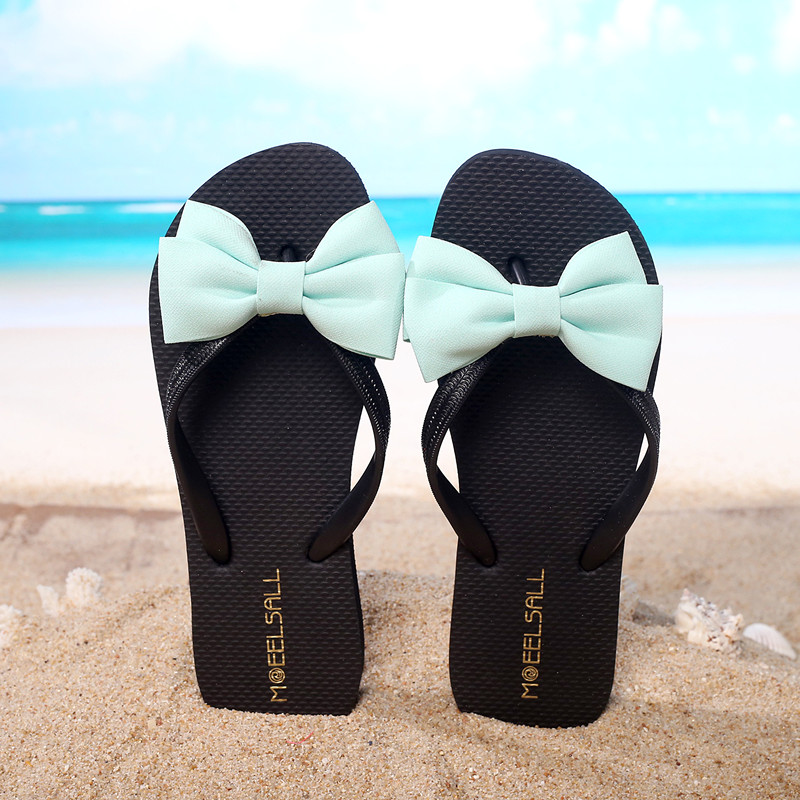 Fashion summer flat slippers female soft indoor slip-resistant outsole flip sandals plus size beach shoes fashion summer flat slippers female soft indoor slip resistant outsole flip sandals plus size beach shoes