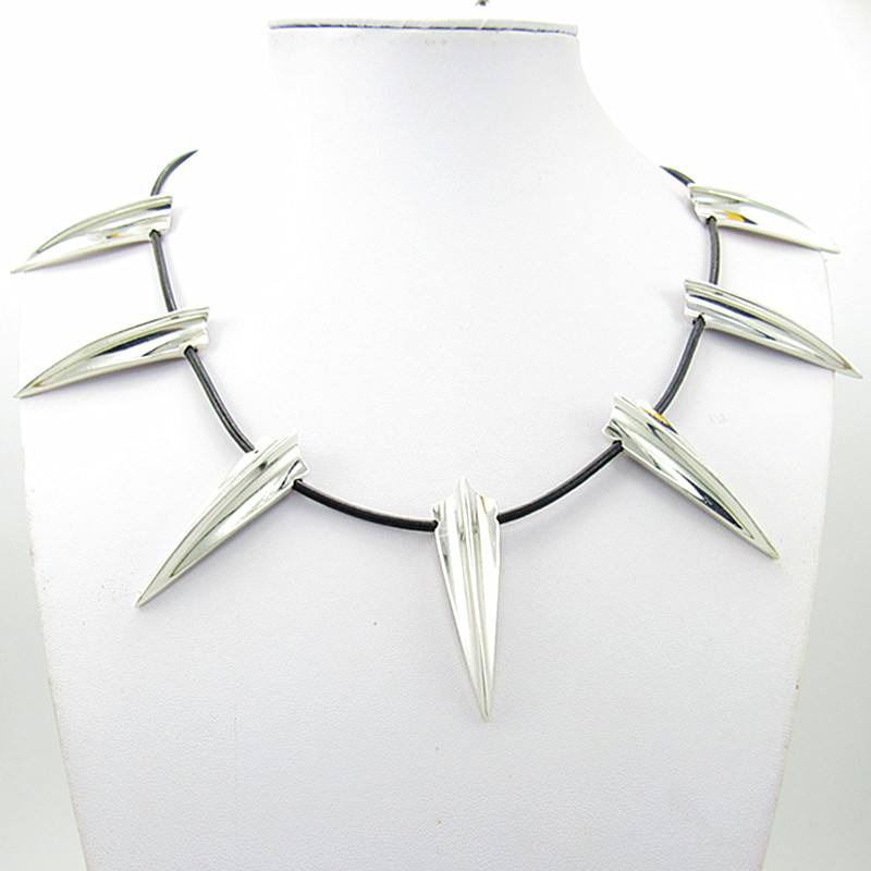 New Avengers Black Panther Necklace Wakanda King T'Challa Black Panther Cosplay Necklace Lahore