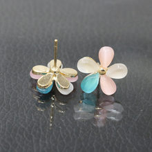 Cat Eye Stone Flower Earrings Rhinestones Cherry Blossoms Stud Earring For Women Fashion Jewelry Ear Pendientes(China)
