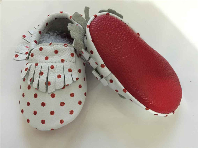 Black Genuine Leather Fringe Bow Baby Moccasins Soft Gold Red Soled Baby Shoes First Walker Bebe Newborn Infant Shoes Sneaker