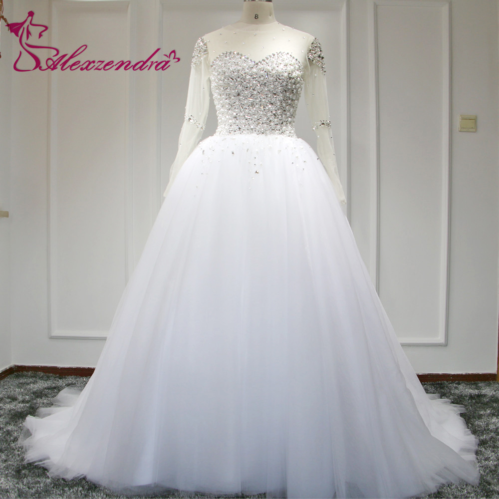 2015 свадебное платье кружева-up тюль часовня поезд жемчуг бальное платье свадебное платье кристаллы бусины длинные рукава чистой невесты платья