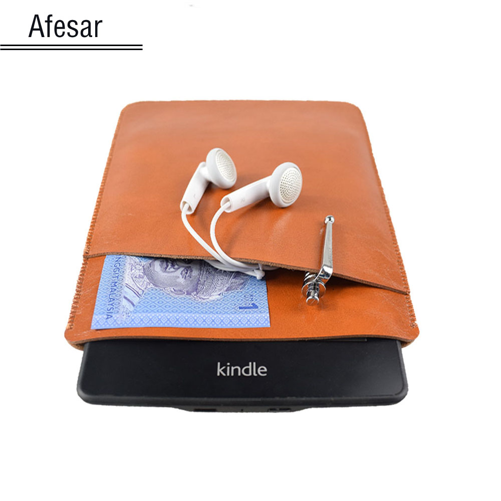 High quality Oasis ebook ereader leather case pouch for Kindle Oasis sleeve cover small accessories bag size: 14.6 cm * 13.5 cm universal sleeve bag cotton fabric for kindle 499 558 paperwhite voyage case pouch cover for 6 inch ereader 14 18 5 2cm pouch