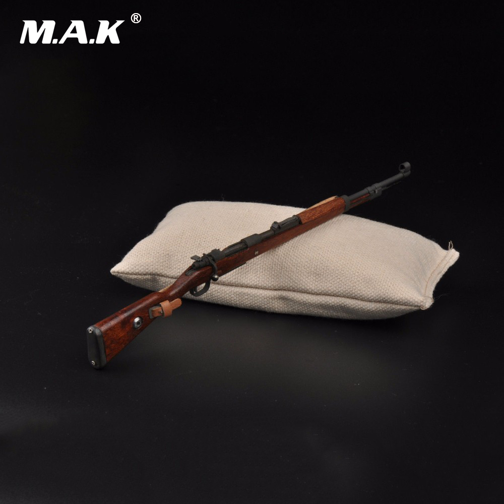 WWII German Weapon Model 1/6 Scale Karabiner 98k Rifle Gun+Bayonet Model Toys For 12 Action Figure Body Accessory Gifts Colle 1 6 scale 4d assembling qsz92 pistol model gun weapon mode kids toys for 12 action figure accessories collectible gifts e