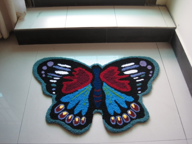 Cute Butterfly Rug Washable Bathroom Mat Handmade Rug Multi-Color Animal Rugs for Kids Non-Slip Mat Floor Rug Doormat Small