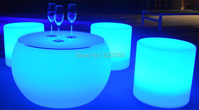 Illuminated-Furniture-Coffee-Table-Stools