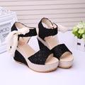 Zapatos de Las Mujeres 2017 Del Verano Nuevas Flores Dulces Zapatos de Hebilla Sandalias de Cuña Del Dedo Del Pie Abierto de tacón alto Floral. DDN-lx-02