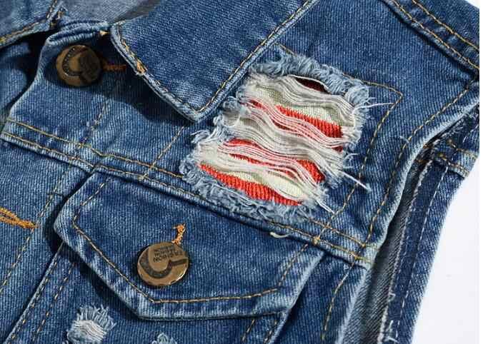 メンズノースリーブジャケットスリムデニムチョッキ男性のデニムベスト刺繍がカジュアルなベストトレンド人格男性のカウボーイデニムベスト