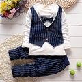 Primavera bebé del diseño de marca de ropa de caballero ropa de los muchachos de traje de manga larga traje de bebé traje casual cuadrícula delgado conjuntos
