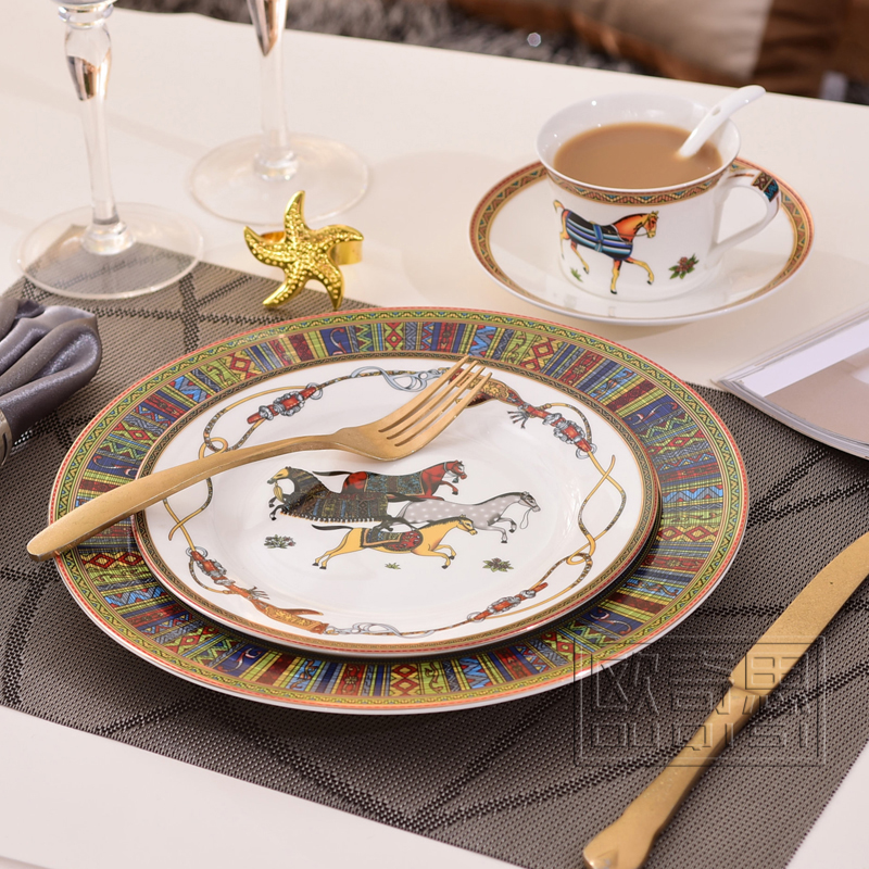 ceramic dinnerware set bone china fashion horse design outline in gold 4pcs dinnerware sets. Black Bedroom Furniture Sets. Home Design Ideas