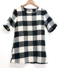 Women Casual classic O-Neck Black white grid Mature women career work Wool Short sleeved Mini Dress
