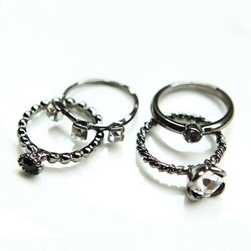 Bluelans 4 יחידות נשים רטרו פאנק ריינסטון טבעות סט אמצע אצבע סטאק טבעת תכשיטים