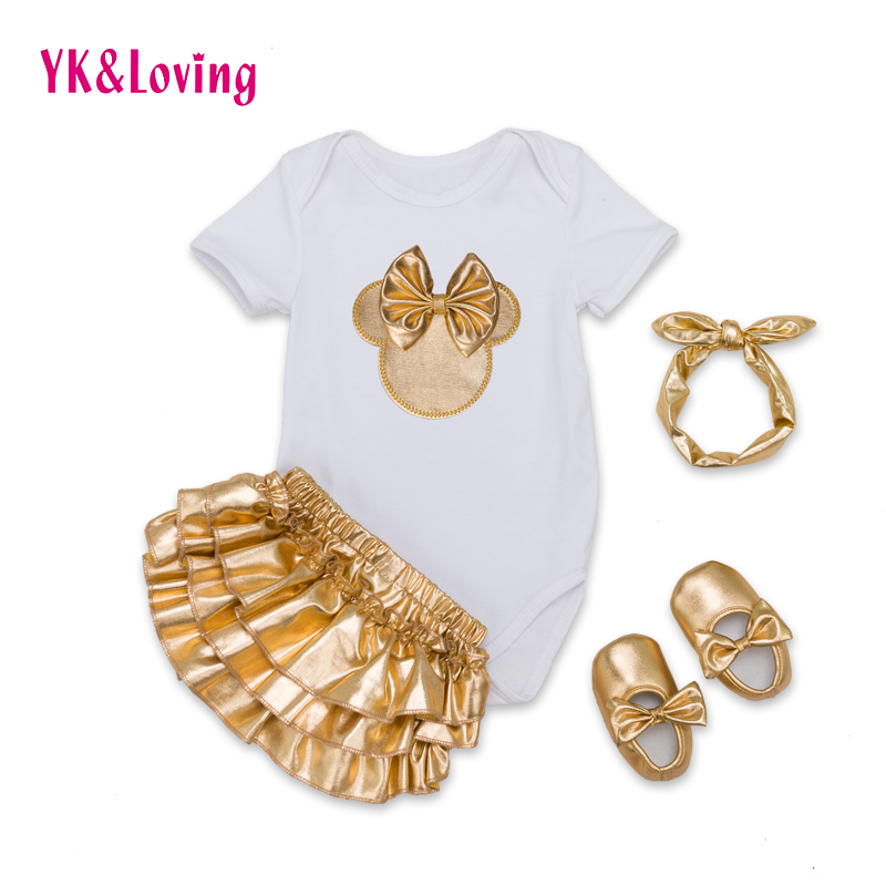Csecsemő márka bébiruhák szett pamut baba rövid ujjú 4db test + arany fodros virágzó + fejpánt + cipő újszülött