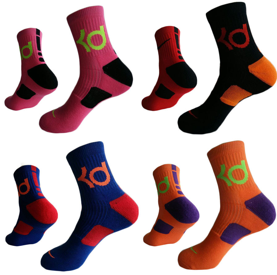 New Sports Basketball Men Cotton Socks Letter Thick Towel Durant Fashion Tube Elite Absorbent Sweaty Black Color Matching Socks