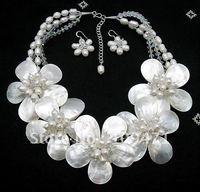 Natural Mother of Pearl Shell FW Pearl Flower Necklace 19 Bridal