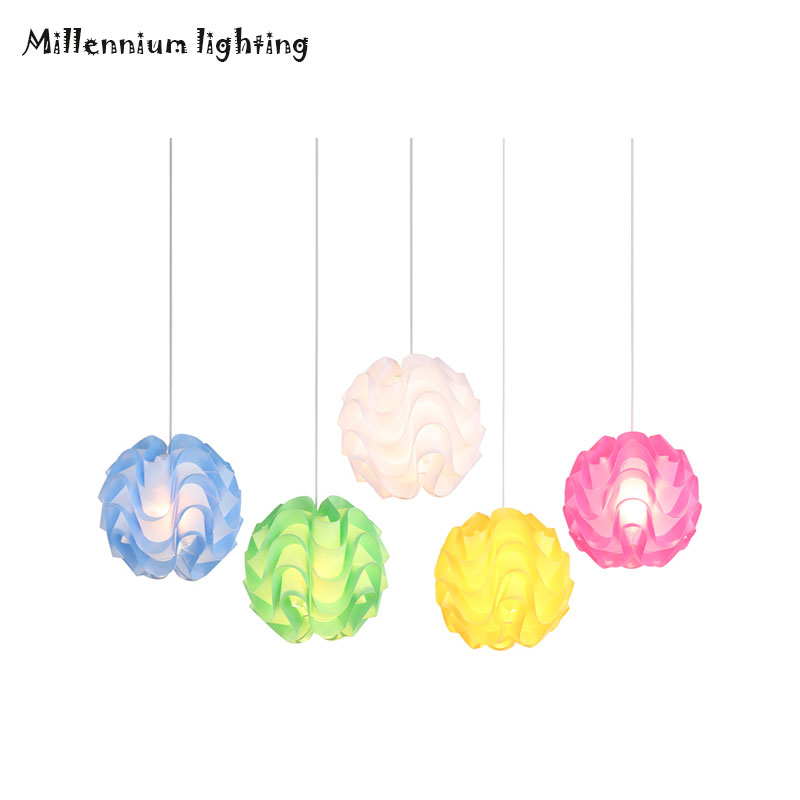 Simple restaurant lights fashion creative personality living room bedroom bedside lamp hotel PVC wave spherical chandeliers tuda glass shell table lamps creative fashion simple desk lamp hotel room living room study bedroom bedside lamp indoor lighting
