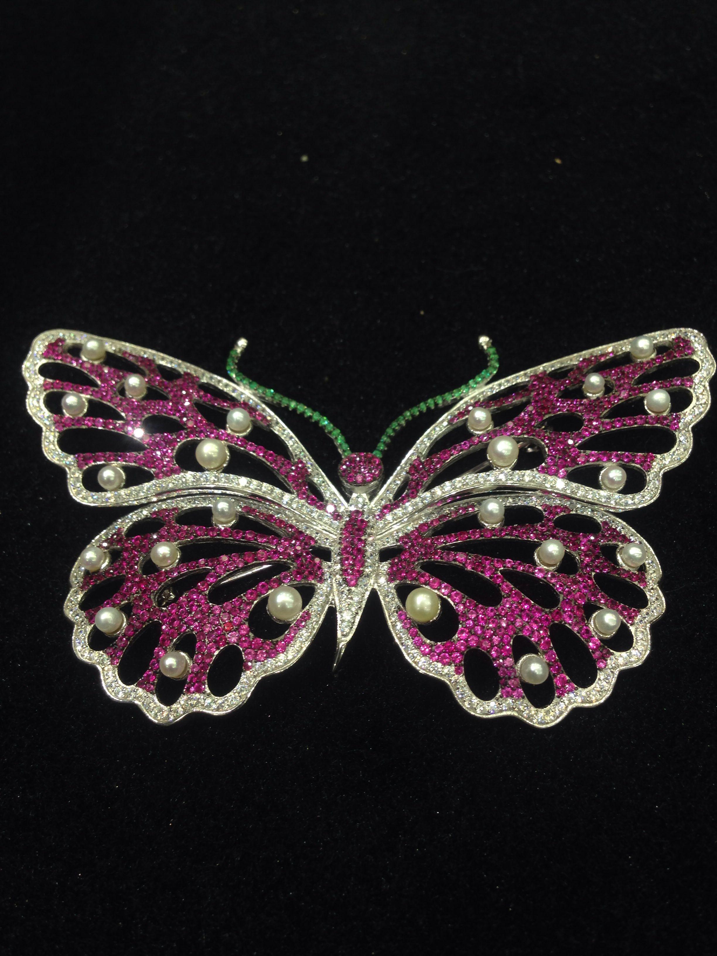 Luxury quality full cubic zircon brooch butterfly corsage decoration female 925 silver Big Butterfly Brooch Women Jewelry darkgreen rhinestone butterfly brooch