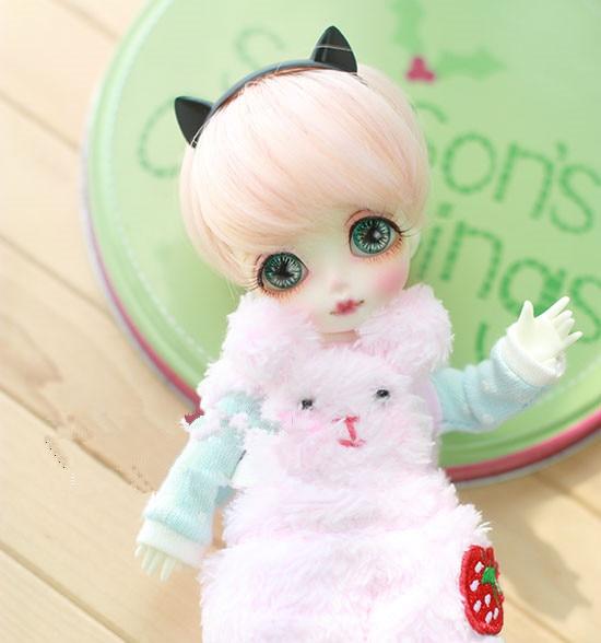 f96d760d639 1/8 BJD poupée perruques haute température fil court perruques momoko  couleur pour 1/8 BJD SD poupée accessoires dans Poupées de Jouets et  loisirs sur ...