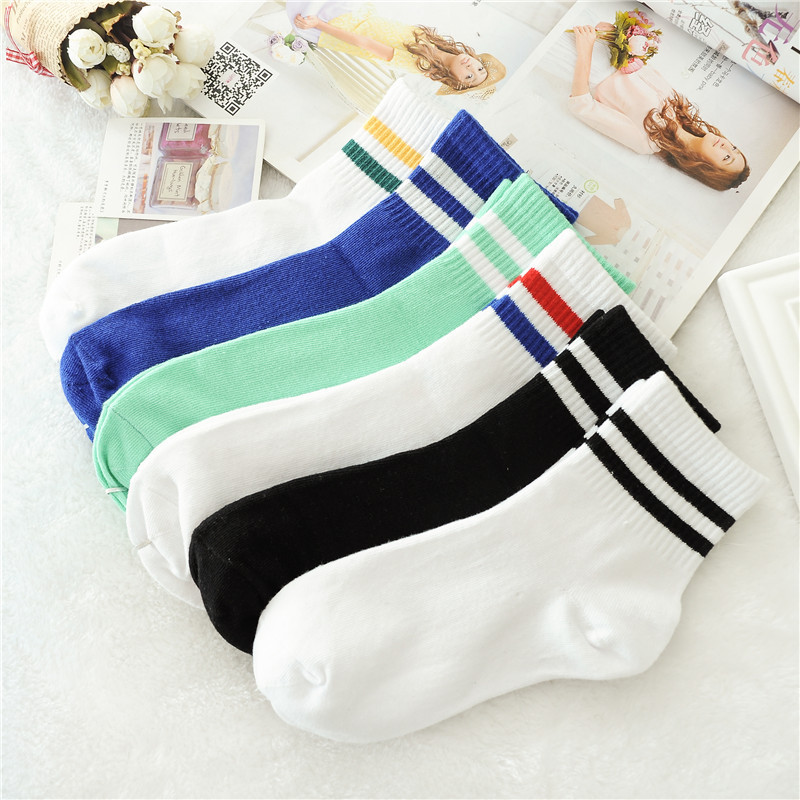 Classic Women 2 Two Stripes Cotton Socks Spring And Summer School Hiphop Skate Short  Harajuku Sports Black White Cheap Sock