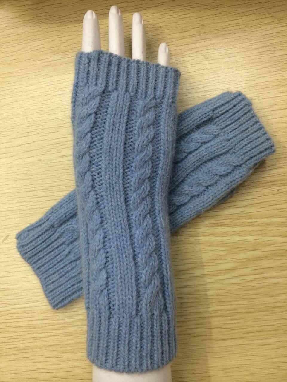 PräZise Einfarbig Hand Gestrickte Frauen Handschuhe Handgelenk Arm Wärmer Winter Halbhand Mitten Dropship Damen-accessoires