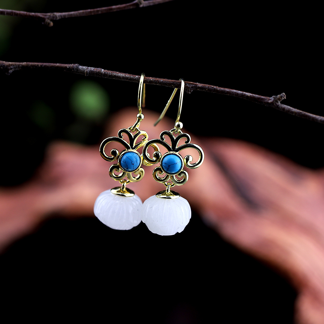 Silver, S925, Pure Silver Jewelry, Exquisite Earrings, Wholesale Fashion Ladies And Tian Yu Lotus Earrings. the character of silver s925 silver jewelry fashion exquisite lady earrings blue sandstone section