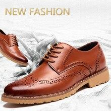 Venta caliente 2016 Nuevos Hombres de Cuero Zapatos Oxford zapatos Casuales hombres de La Manera Del Otoño Del Resorte de Los Hombres Planos de Charol zapatos de los hombres