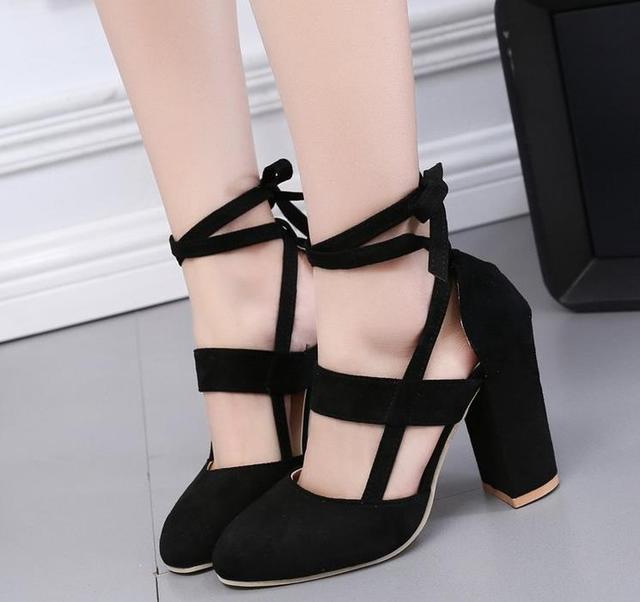 Hott women in heels