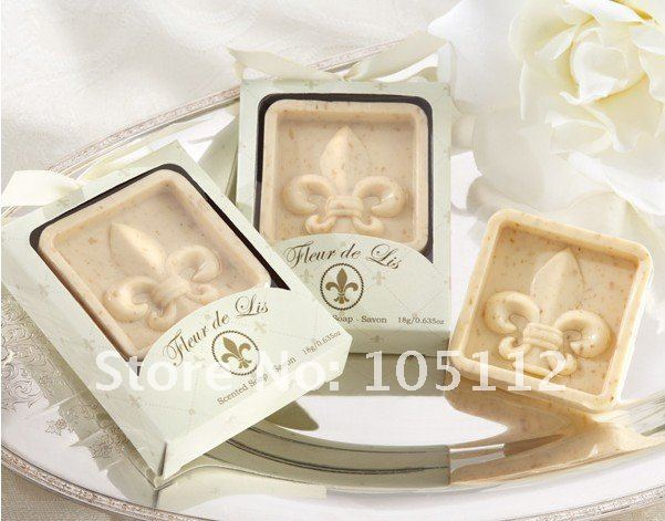 """French Wedding Gifts: 100packs/lot Classic Wedding Party Favor Gift """"Fleur De"""